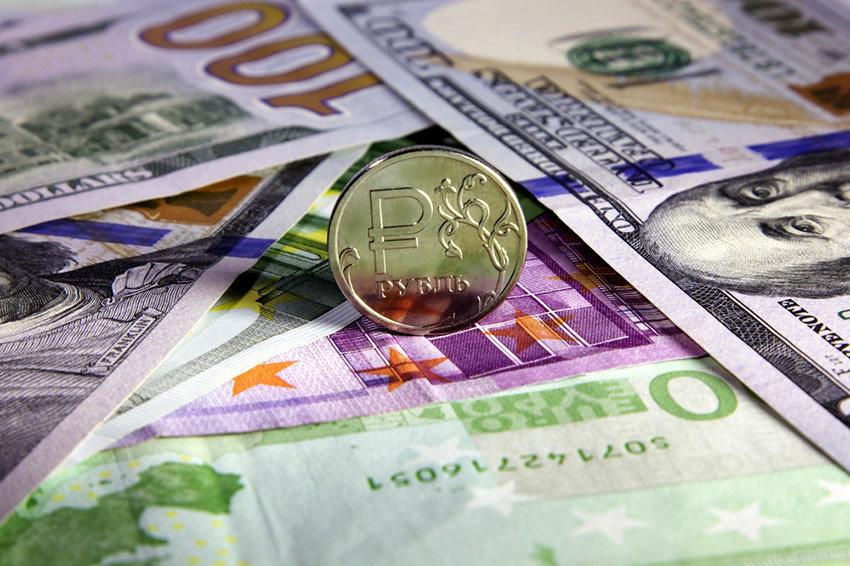 курс доллара евро рубль на август 2017 прогноз